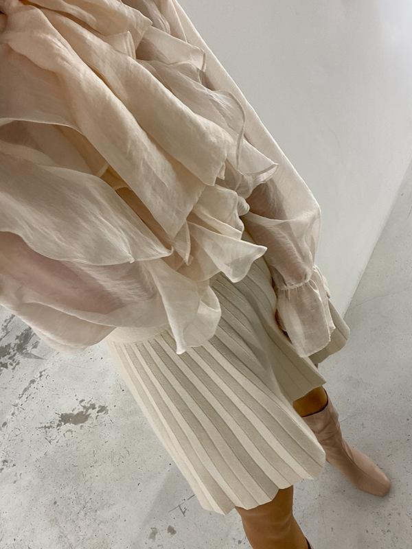 wardrobe stylist London Deni Kiro on how to dress for Christmas and NYE