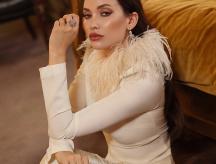 Celebrity Stylist: Styling Aline Cara Luna for Elle Arabia Magazine